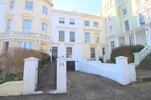 4 bedroom townhouse for sale - The Strand, Bideford
