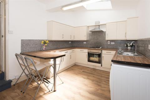 6 bedroom terraced house to rent - Chelsea Road, Bath, BA1