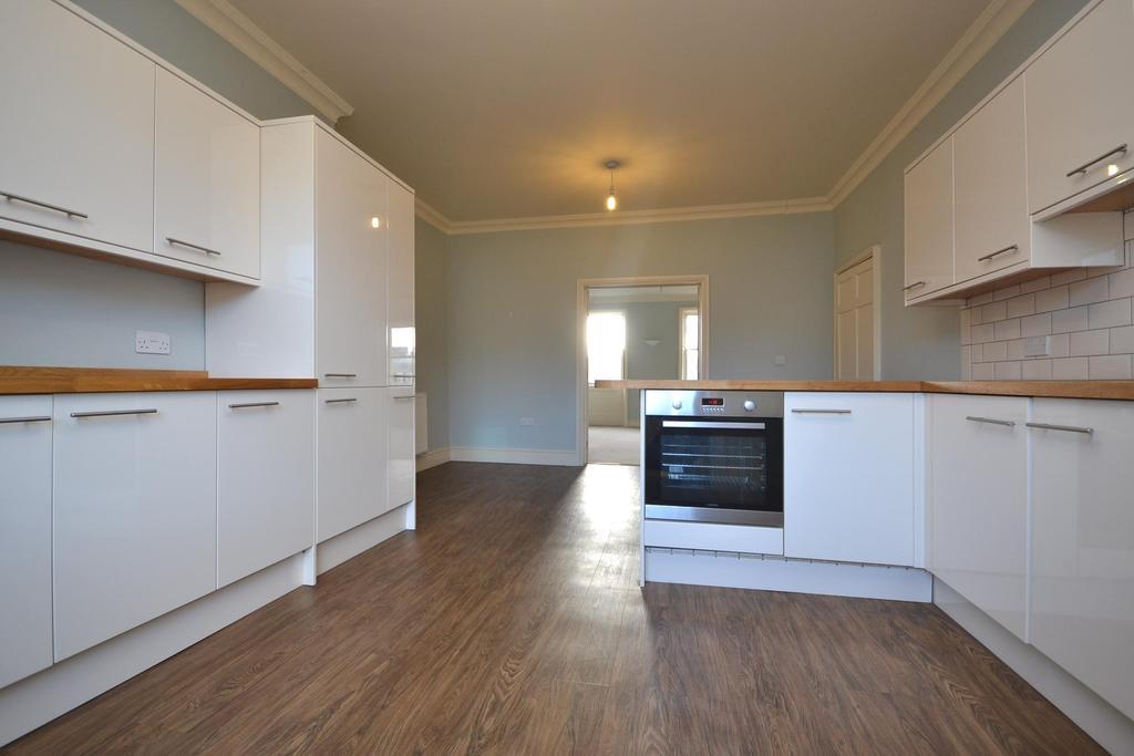Kitchen dining room (2)