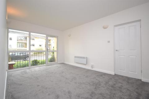 2 bedroom flat to rent - Jesse Hughes Court, Bath, BA1