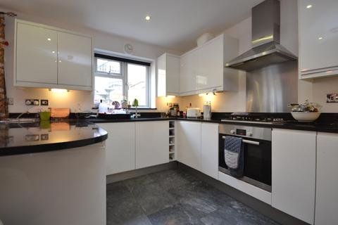 4 bedroom semi-detached house to rent - Audley Grove, Bath, BA1