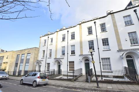 2 bedroom flat for sale - Pro-Cathedral Lane, BRISTOL, BS8 1LB