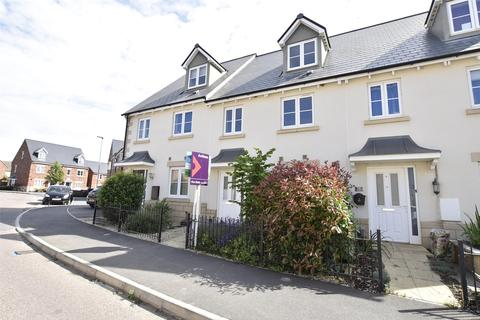 3 bedroom terraced house for sale - Sunrise Avenue, Bishops Cleeve GL52
