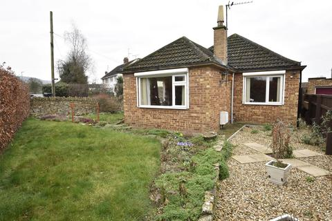 2 bedroom detached bungalow for sale - Pecked Lane, Bishops Cleeve, GL52