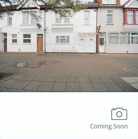 5 bedroom flat to rent - Midhurst Road W13
