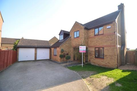 4 bedroom detached house for sale - `Racecourse` Bletchley