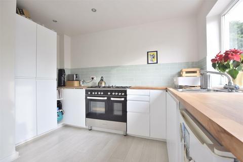 4 bedroom terraced house for sale - Brook Vale, Charlton Kings, CHELTENHAM, Gloucestershire, GL52