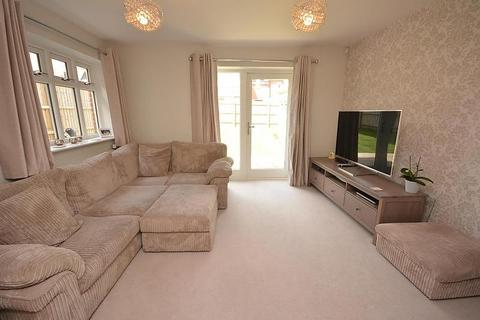 3 bedroom terraced house to rent - Grace Bartlett Gardens, Chelmsford, Essex, CM2