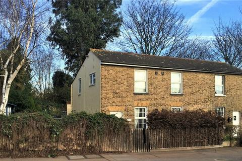 3 bedroom cottage for sale - Priory Cottage, Victoria Avenue, Southend-on-Sea, Essex