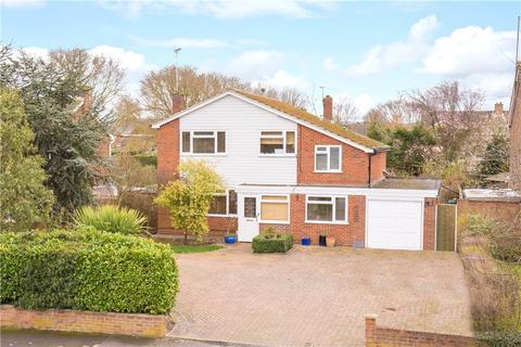 4 bedroom detached house for sale - Camborne Avenue, Aylesbury, Buckinghamshire