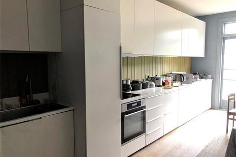 4 bedroom semi-detached house to rent - Eagle Road, Wembley, HA0
