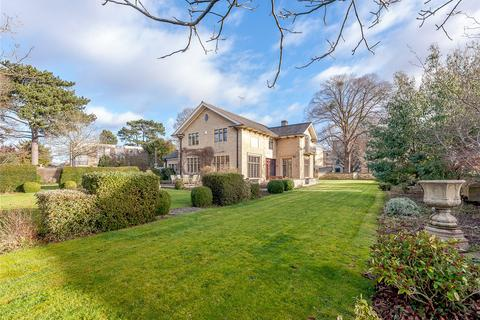 5 bedroom detached house for sale - Albert Road, Cheltenham, Gloucestershire, GL52