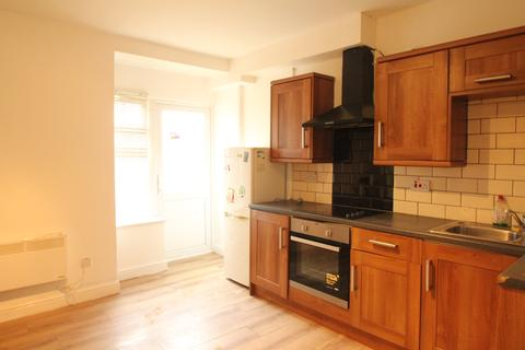 2 bedroom flat to rent - Seymour Road, Gloucester,