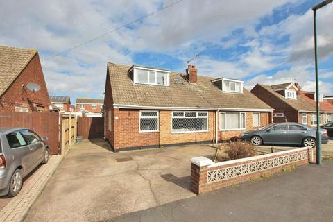 3 bedroom semi-detached bungalow for sale - HELEN CRESCENT, IMMINGHAM