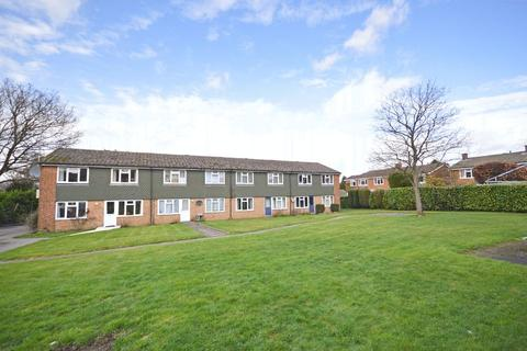 1 bedroom ground floor flat for sale - Glen Court, Beacon Hill, Hindhead