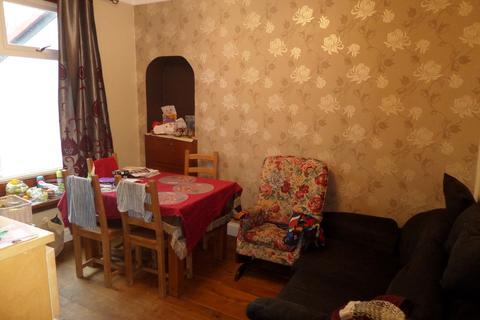 4 bedroom semi-detached bungalow to rent - Merryton Avenue - GIFFNOCK