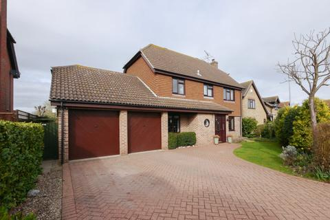 4 bedroom detached house for sale - Meadowside, Wickham Market,Suffolk