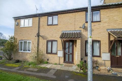 2 bedroom terraced house to rent - Strafford Close, Harlington