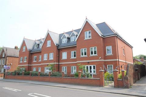 2 bedroom flat to rent - Woodbridge Road, Guildford