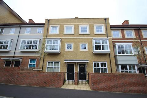 4 bedroom townhouse to rent - Catteshall Lane, Godalming