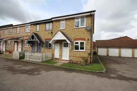 2 bedroom end of terrace house to rent - Fairborne Way, Guildford