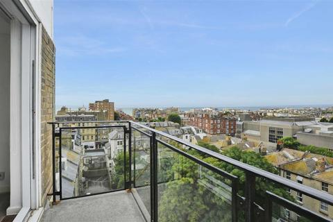 2 bedroom flat to rent - Normandy House, Hove