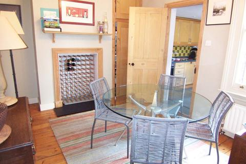 2 bedroom house to rent - Chestnut Grove, New Malden