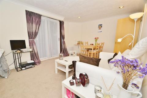 1 bedroom flat to rent - Conifer Court, 2 Inner Park Road, Wimbledon