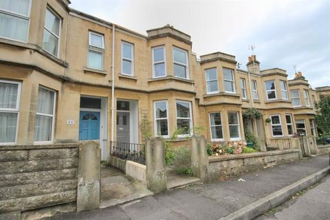 4 bedroom house to rent - Tennyson Road