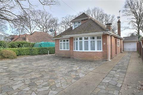 4 bedroom chalet for sale - Brownhill Road, Chandlers Ford, Hampshire