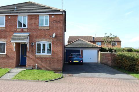 2 bedroom semi-detached house for sale - 4  Rockingham Crescent, Laceby Acres, Grimsby, N.E. Lincs. DN34 5XA