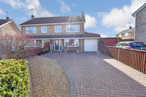 3 bedroom semi-detached house for sale - Coventry Close, Werrington, Peterborough