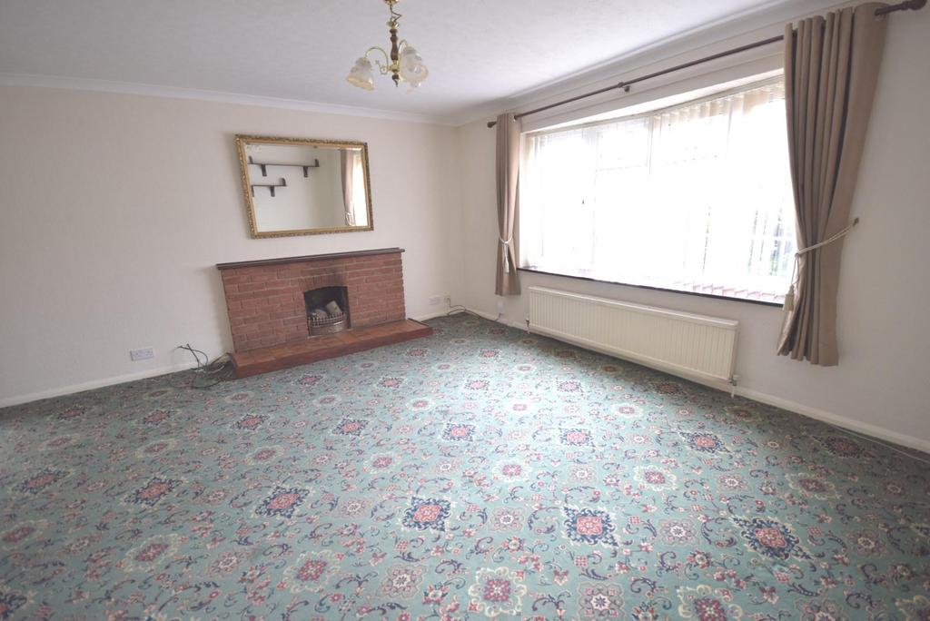 Large Lounge/sitting room