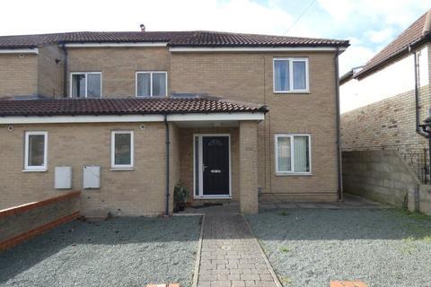 4 bedroom house to rent - Coldhams Lane, Cambridge