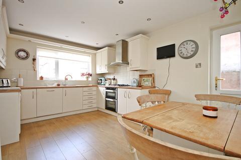 4 bedroom semi-detached house for sale - Worsley Road, Stockton Heath , Warrington, WA4
