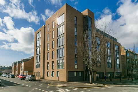 2 bedroom flat for sale - McDonald Road, Bellevue, Edinburgh, EH7