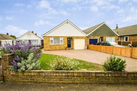 3 bedroom detached bungalow for sale - Oakleigh Road, Great Clacton