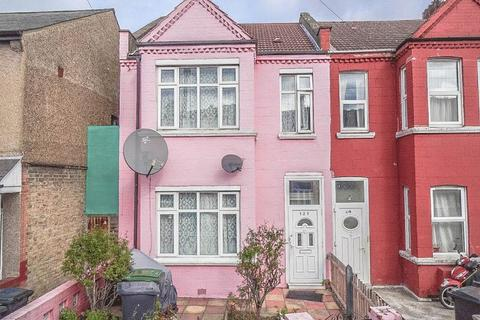 4 bedroom end of terrace house for sale - The Avenue, Tottenham