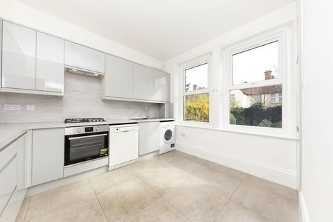 3 bedroom flat to rent - Alwyne Mansions, SW19