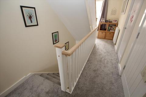 3 bedroom semi-detached house for sale - Presland Drive, Biggleswade, SG18