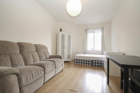 1 bedroom house share to rent - Tong Road, Leeds