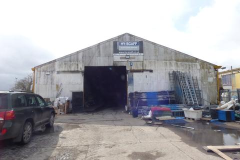 Heavy industrial to rent - Canal Road, Higham, Rochester