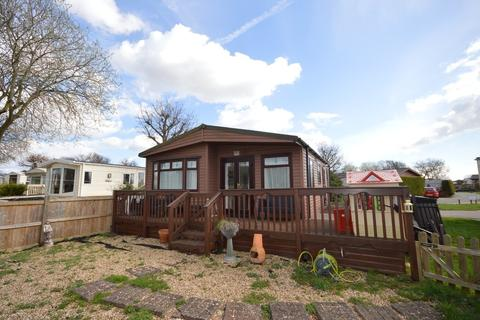 3 bedroom mobile home for sale - Great Bentley Country Park, Flag Hill