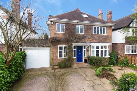 5 bedroom detached house for sale - Cassiobury Drive, Watford