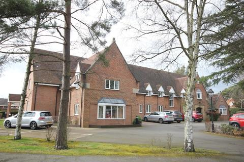 2 bedroom apartment for sale - Pool Meadow House, Pool Meadow Close