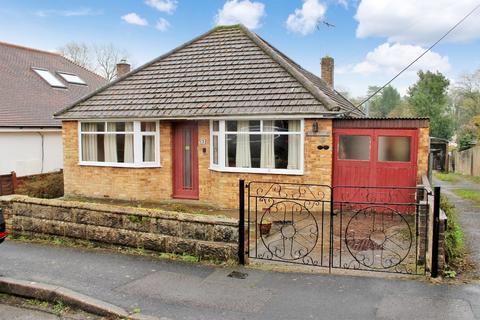 2 bedroom detached bungalow for sale - Edward Road, Hythe, Southampton