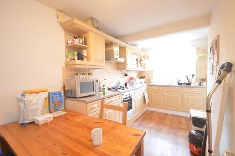 3 bedroom flat to rent - Garden Flat  Westbourne Place, BRISTOL, BS8
