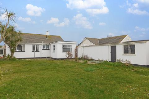 3 bedroom detached bungalow for sale - Albertus Gardens, Hayle