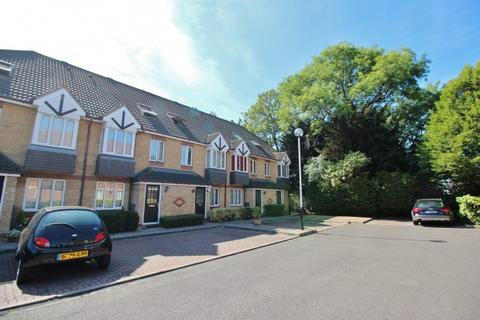 2 bedroom maisonette for sale - Dorset Mews, Finchley Central N3