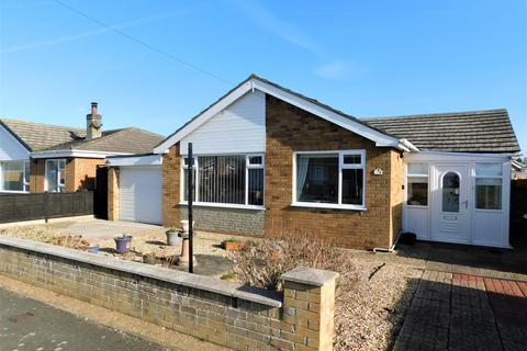 3 bedroom bungalow for sale - The Meadows, Trusthorpe, Mablethorpe, LN12 2QP